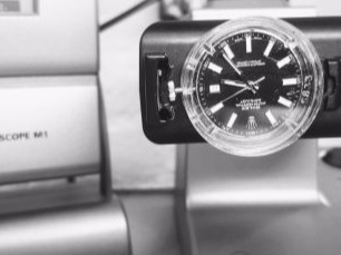 Rolex watch service and restoration
